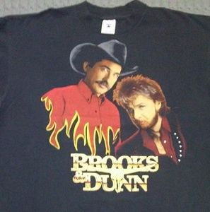 Other - 93 Brooks and Dunn t-shirt